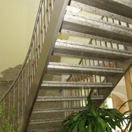 stepeniste podkonstrukcija verde eucalipto