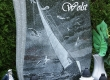 gravura natpisne ploče - jedrilica u oluji